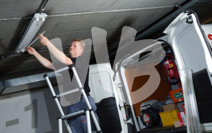 Verlichting Voor Garage : Reled solar zonnepaneel led verlichting set ideaal voor garage
